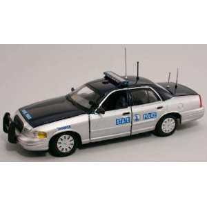 First Response 1/43 Virginia State Police Ford Crown Vic Toys & Games