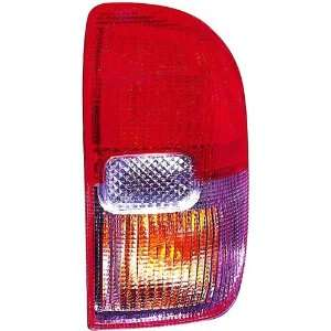 OE Replacement Toyota RAV4 Passenger Side Taillight Lens