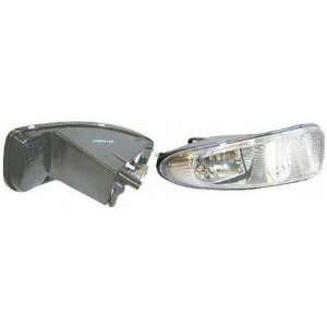 01 04 CHRYSLER TOWN & COUNTRY VAN FOG LIGHT RH (PASSENGER SIDE) (2001