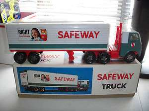 OLD 16 1/2  SAFEWAY GROCERY STORE SEMI TRUCK & TRAILER (W/BOX)