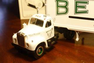GEAR 1960 B 61 MACK TRACTOR TRAILER   BEKINS   1/34 SCALE MODEL