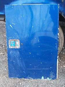 READING UTILITY BODY SIDE DOOR STAHL KNAPHEIDE BED BOX 37x25