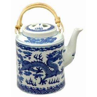Large antiqued chinese blue and white porcelain teapot   Ironstone