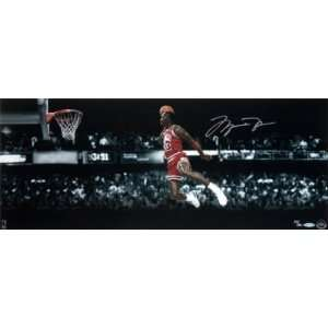 MICHAEL JORDAN Signed 1988 Slam Dunk 30x12 UDA LE 500
